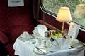 SDG06305. Table setting. The Blue Pullman. 3.5.06.
