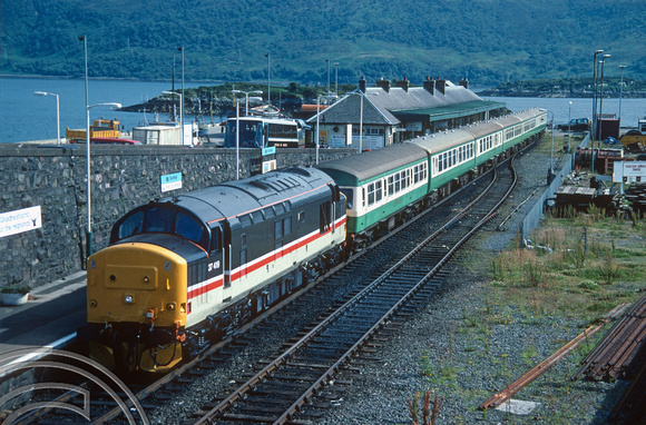 17992. 37419. Waiting to leave for Inverness. Kyle of Lochalsh. 24.7.1990.