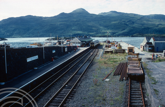 17990. View of the station. Kyle of Lochalsh. 23.07.90